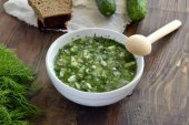 Cold soup with vegetables, okroshka — Stock Photo