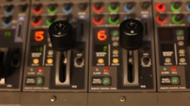 Hand moves on the remote switcher — Stock Video