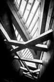 Modern konceptuell högteknologisk byggnad — Stockfoto