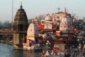 The Holy City Haridwar on the Ganges in India — Stock Photo