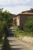Verlassene Land und Haus — Stockfoto