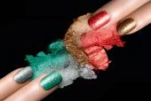 Festive Nail Polish and Mineral Eye Shadow — 图库照片