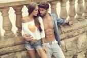 Attractive couple in love posing — Stock Photo
