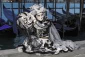 Dark carneval mask in Venice - Venetian Costume — Fotografia Stock