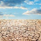 Dry ground and sky — Stockfoto
