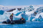 Glacier lake Joekulsarlon in Icelan — Stockfoto
