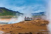 Tourists in geothermal area — Foto Stock