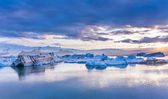 Large floating blue icebergs — Stock Photo
