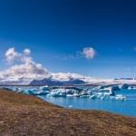 Glacier lagoon Jokulsarlon in Iceland — Stock Photo #52184873