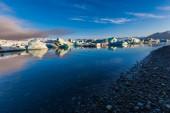 Glacier lagoon Jokulsarlon in Iceland — Foto de Stock