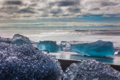 Large chunks of glacial ice — Foto de Stock