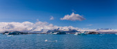 Glacier lagoon Jokulsarlon in Iceland — Stockfoto