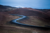 Road in a volcanic landscape — Stock fotografie