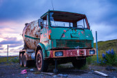 Rusty old cement mixer truck — Stok fotoğraf