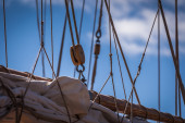 Rigging on a sailboat or tall ship — Stock Photo