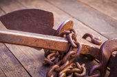 Old rusty anchor — Stock Photo