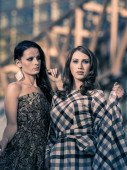 Dos mujeres bonitas — Foto de Stock