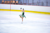 A. Marie Wolf  at the Ice Dance — Stock Photo