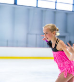 Julia Albrecht  at the Ice Dance — Stock Photo