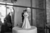Wedding cake figures — Stock Photo