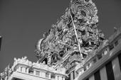 Colorfu plainted oriental gable — Stock Photo