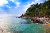 Vista sulla bella spiaggia tropicale. — Foto Stock