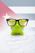 Piggy bank with flag on background - Cuba — Foto de Stock