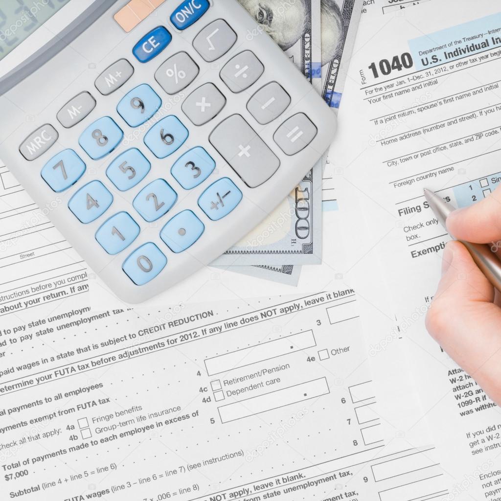 Relleno a 1040 Tax Form - vista desde arriba — Fotos de Stock ...