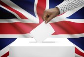 Ballot box with national flag on background - United Kingdom of Great Britain and Northern Ireland — Stock Photo