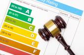 Judge gavel over efficiency chart - view from top — Stock Photo