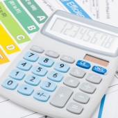 Efficiency chart and calculator - close up shot — Stock Photo