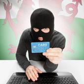 Concepto de delito informático con la bandera nacional - país de Gales — Foto de Stock