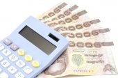 Thai banknote with calculator — Stock Photo