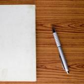 Zápisník s perem — Stock fotografie