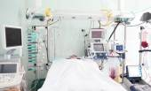 Patient ward of intensive care unit — Stock Photo