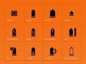 健康管理。オレンジ色の背景にコンドーム アイコン. — ストックベクタ