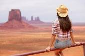 Cowgirl enjoying view of Monument Valley — Stock Photo