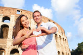 Couple in Rome by Colosseum — Foto Stock
