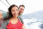 Couple taking selfie photo on Cruise ship — Stock Photo