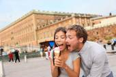 Couple eating ice cream in Stockholm — Photo