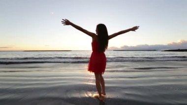 Woman having fun — Stock Video