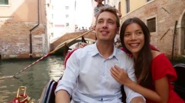 Couple in Venice — Stock Video