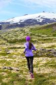 Exercising trail runner running — Stock Photo