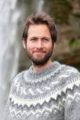 Man in Icelandic sweater outdoor — Stock Photo