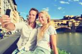 Selfie photo by couple in Florence — Stock Photo