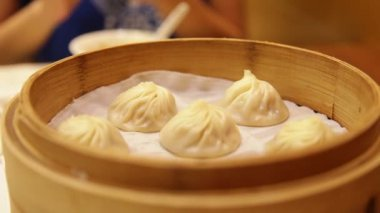 Xiaolongbao soup dumplings — Stock Video