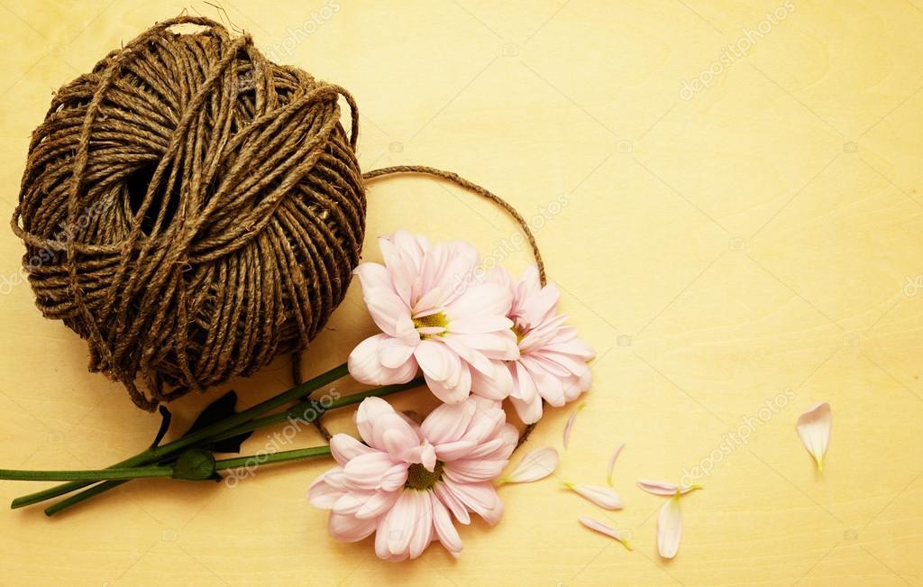 Цветочки из шпагата