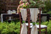 Chairs in a garden — Stock Photo