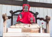 Binzuru Pindola wooden statue in Todai-ji Temple, Nara, Japan — Stock Photo