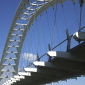 Modern white bridge — Photo